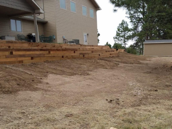 Timber Wall Landscaping Project - Hermosa